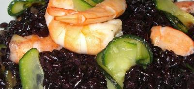 riso venere gamberi e zucchine